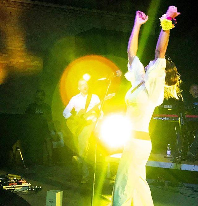 cerchi-di-luce-a-sorbolo-laltra-sera-a-@musicaincastello-.-scatto-artistico-del-nostro-carissimo-ami